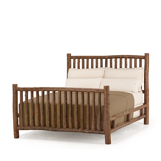 Rustic Bed Queen #4022 (Shown in Natural Finish)
